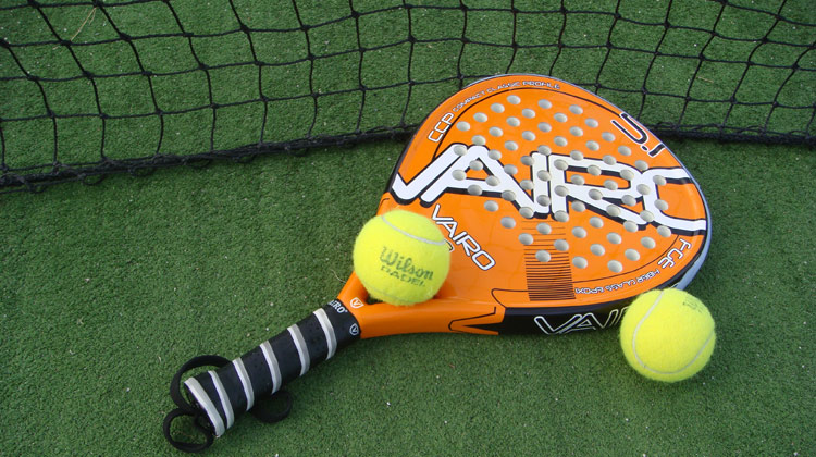 Padel and tennis courts