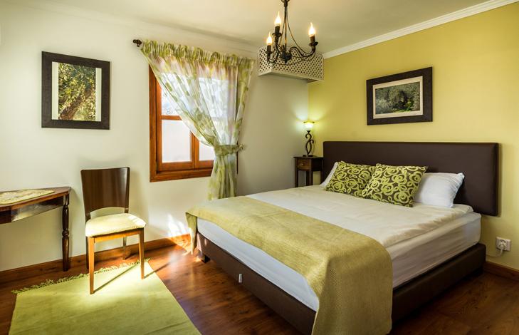 Olive Room- Finca El Cortijillo